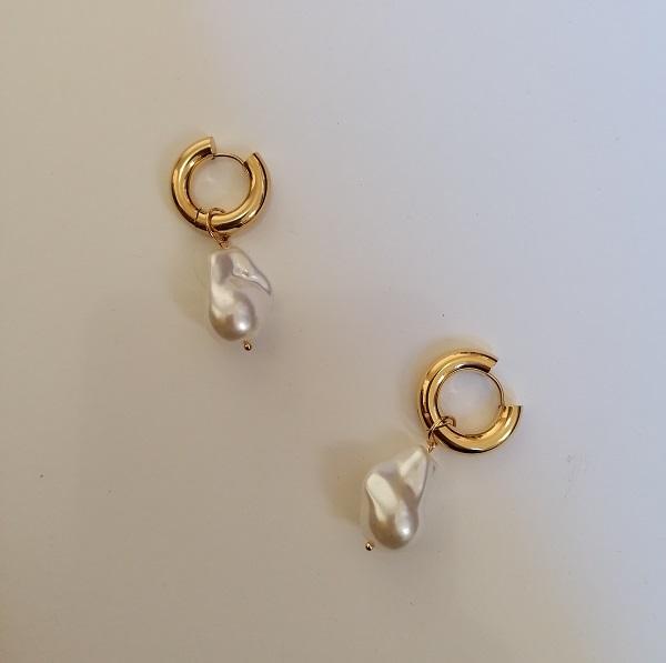 18 karat gold plated stainless steel hoop earrings with pearl pendants